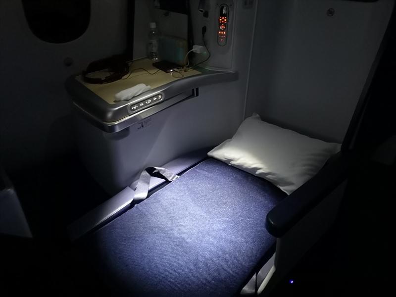 flyvie46 201909台北維也納 ANA787-9夢幻客機商務艙初體驗