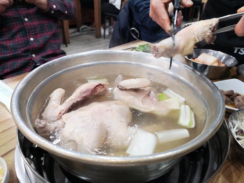 onechicken10 Seoul-首爾공릉 닭한마리孔陵一隻雞(東大門店) 冷冷的天熱熱的鍋 好好吃的雞料理