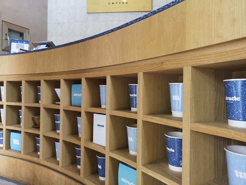 miraclecoffee09 內湖-Miracle Coffee捧場JJ林俊傑的小咖啡館 空間雖小氣氛不減 連拿鐵都好喝