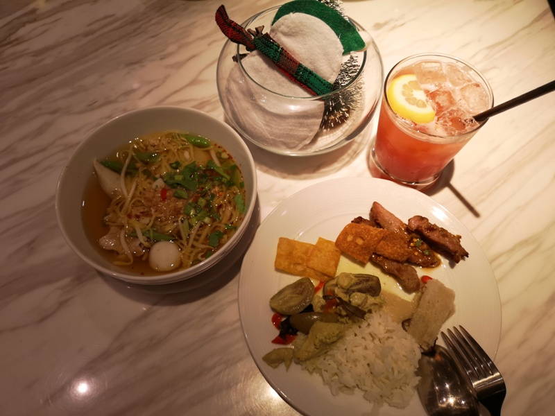 surawongselounge13 Bangkok-曼谷Marriott Hotel The Surawongse太超值...完美住宿大套房網美游池