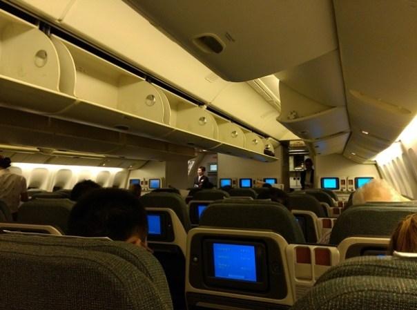 HKfly17 201510 一個月飛兩次台北香港by國泰商務艙