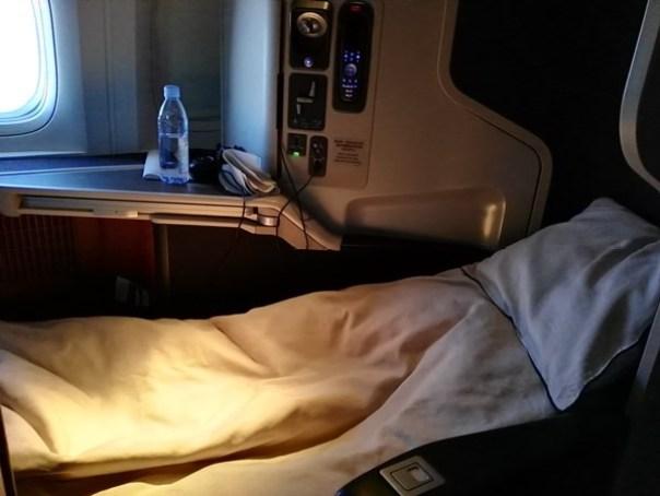 IMG_20160401_214125 201604台北倫敦 感謝國泰航空惠賜商務艙機票一張