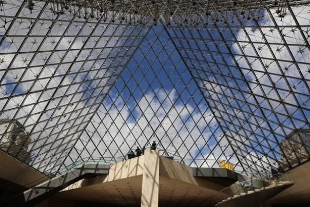 IMG_4544 Paris-巴黎羅浮宮Musee du Louvre 三寶還有勝利女神跟斷臂維納斯