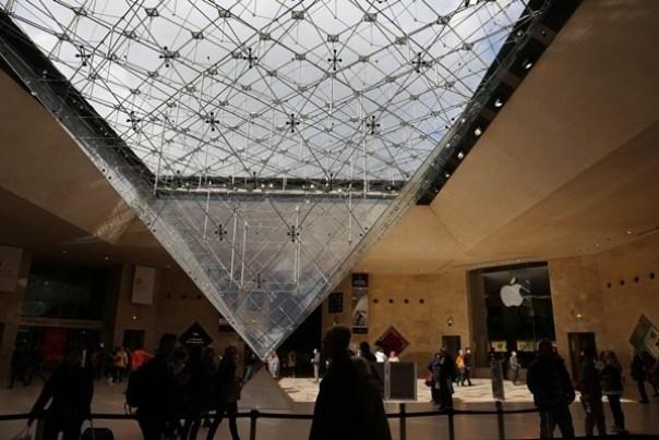 IMG_4549 Paris-巴黎羅浮宮Musee du Louvre 三寶還有勝利女神跟斷臂維納斯