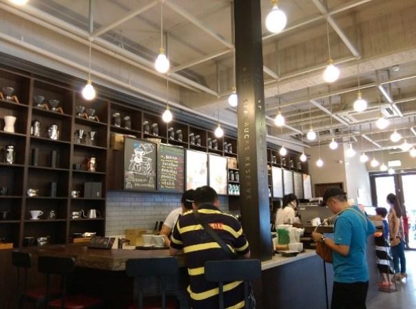 Starbucks06 大同-古蹟遇到星巴克 大稻埕鳳梨大王的家 星巴克保安門市