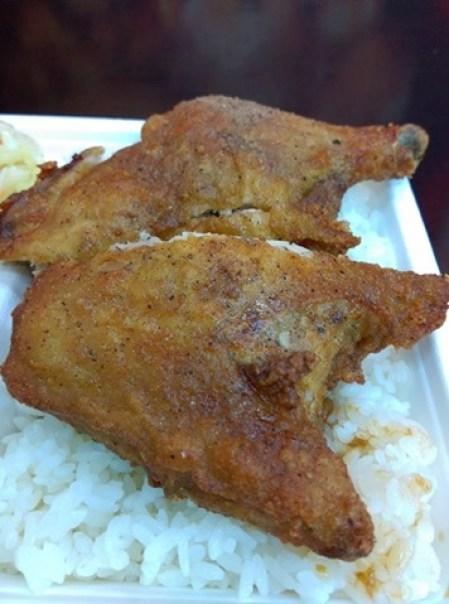chickenleg09 竹北-金山雞腿飯 招牌雞腿皮酥肉嫩超飽足 蝦捲香脆排骨軟嫩