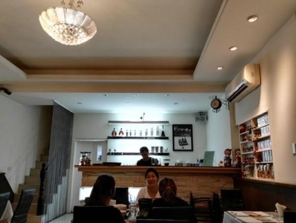 jhunan-coffee03 竹南-品悅咖啡 來咖啡廳不喝咖啡吃鍋物來著