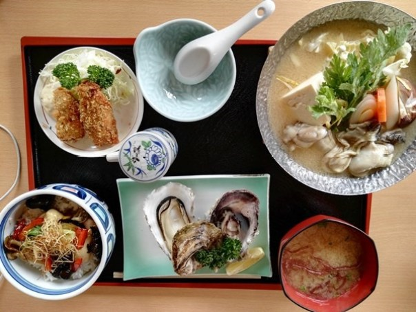 kaki11 Matsushima-たいかん亭 搭船遊松島前來一份牡蠣大餐 牡蠣也太大顆飽滿!