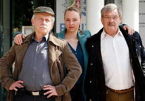 """V.l.n.r.: Tilo Prückner, Katja Danowski, Wolfgang Winkler in """"Rentnercops"""""""