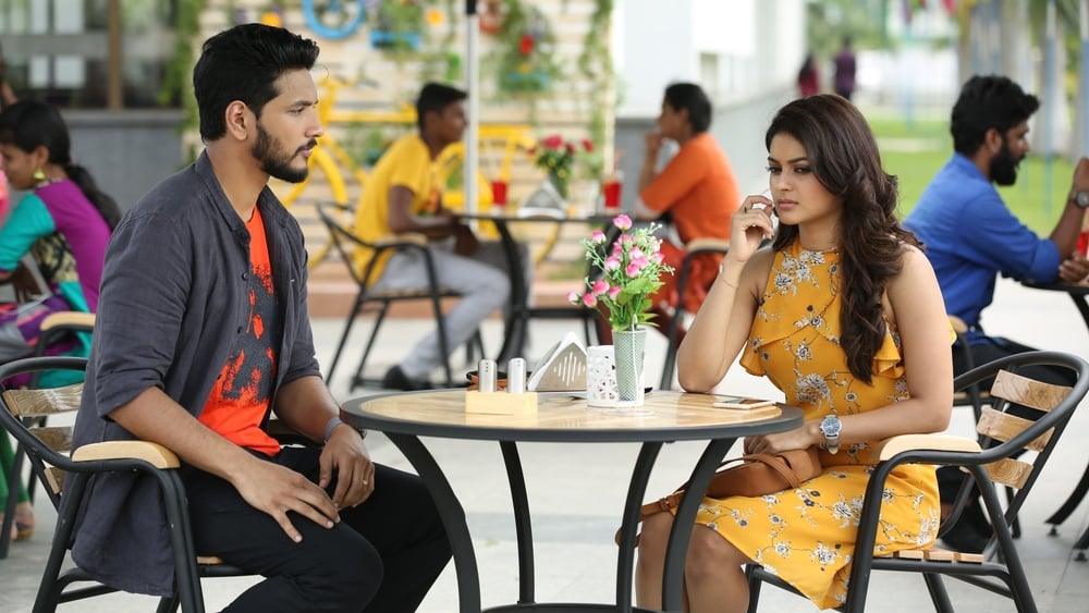Watch Iruttu Araiyil Murattu Kuthu 2018 Movie Online And Download