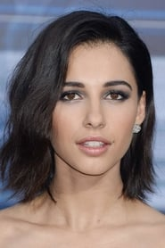 Photo of Naomi Scott