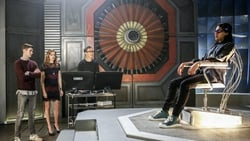 Watch Attack on Central City - TV Series The Flash (2014) Season 3 Episode 14