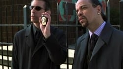 Watch Noncompliance - TV Series Law & Order: Special Victims Unit (1999) Season 2 Episode 6