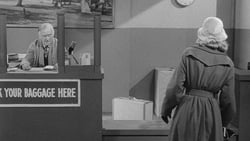 Watch Mirror Image - TV Series The Twilight Zone (1959) Season 1 Episode 21