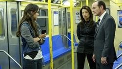 Watch Eye Spy - TV Series Marvel's Agents of S.H.I.E.L.D. (2013) Season 1 Episode 4