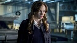 Watch Killer Frost - TV Series The Flash (2014) Season 3 Episode 7