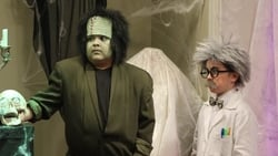 Watch Halloween - TV Series Modern Family (2009) Season 2 Episode 6
