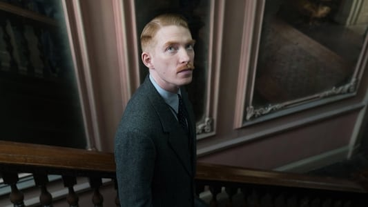 Image Movie The Little Stranger 2018