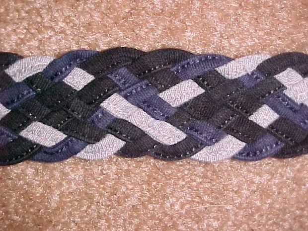 huit cordes en une tresse plate