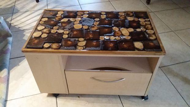 fabulous plateau en bois rsine artsy pour table dextrmit freebie with table bois resine