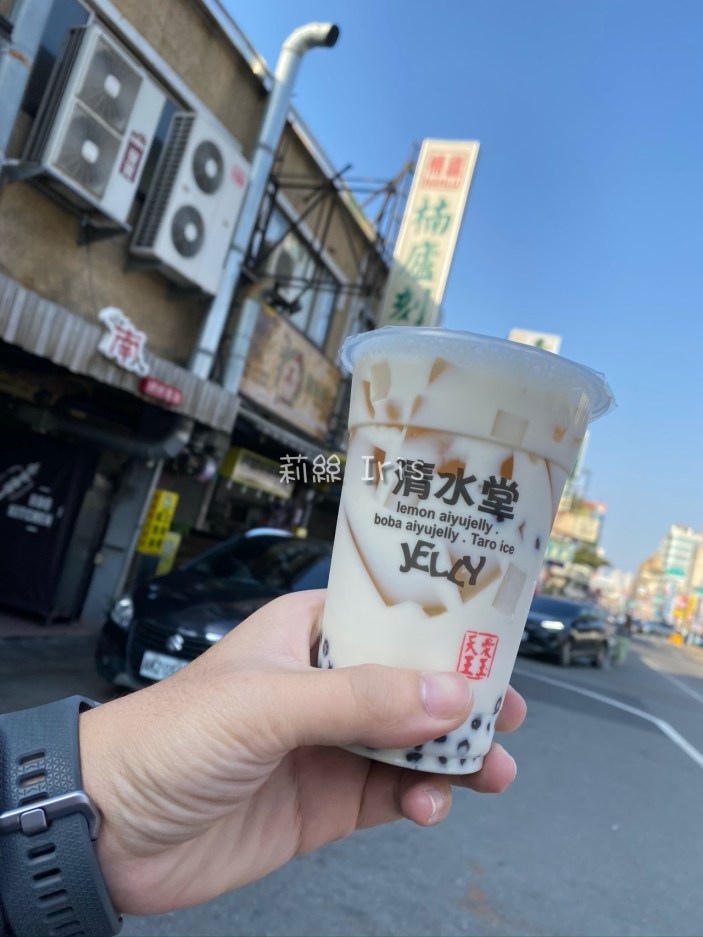 《清水堂愛玉專賣店》台南排隊愛玉~老闆人太好,內用三種吃法,沒吃到竟然還折價給客人!