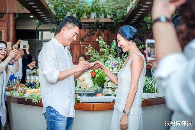 高曙光:前妻江珊,二婚娶時尚達人,如今出演巡迴檢察組狀態年輕