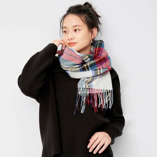 https://image.uniqlo.com/GU/ST3/AsianCommon/imagesgoods/326018/item/goods_01_326018.jpg