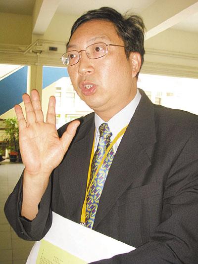 4萬教師公積金 一季「蒸發」36億 - 香港文匯報