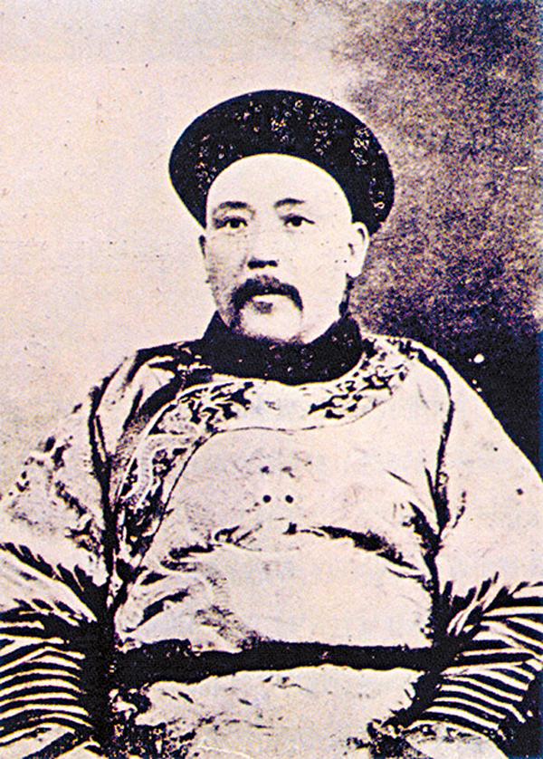 歷史與空間:百年前的帝制復辟 - 香港文匯報