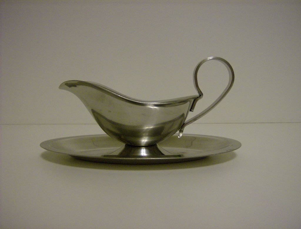 Royal Dolphin Stainless Steel Gravy Boat From