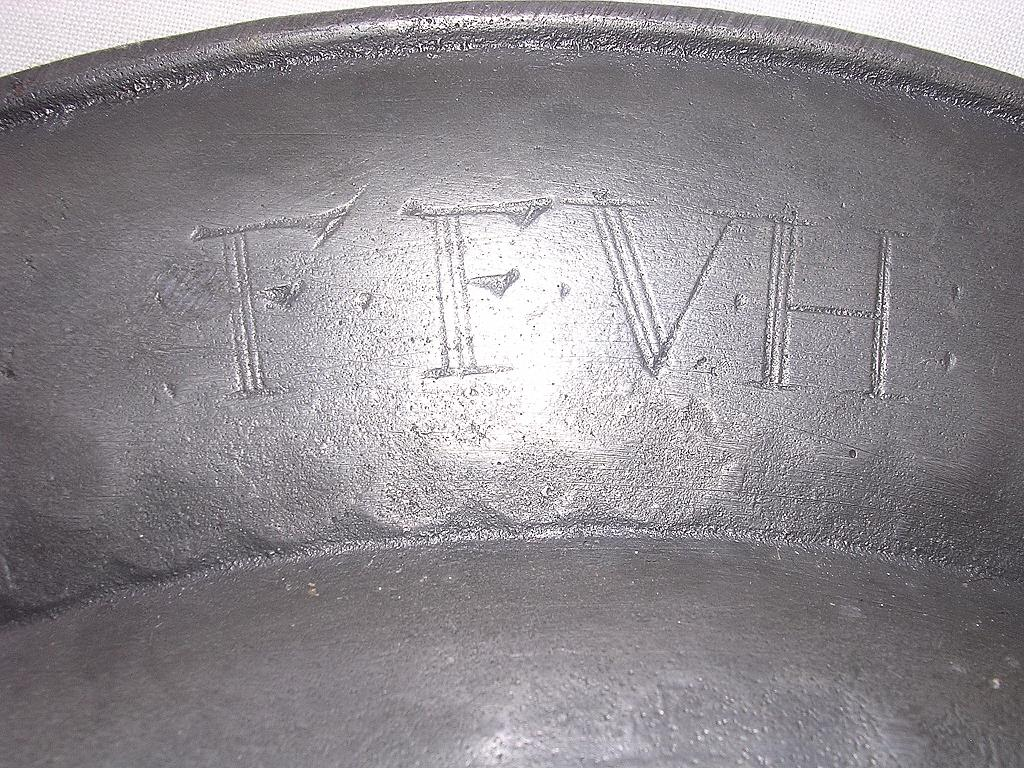 Large 18th Century PEWTER PLATE With Heraldic Crest In