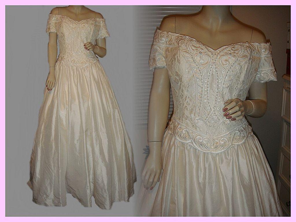 Canada Wedding Dress Designers