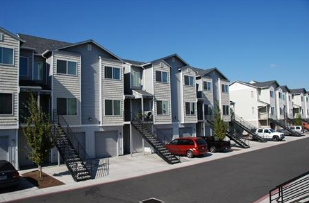 Sunnyview Manor Townhomes - Salem, OR | Apartment Finder
