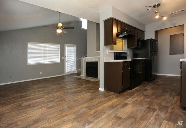Parkside Townhomes Arlington Arlington TX Apartment