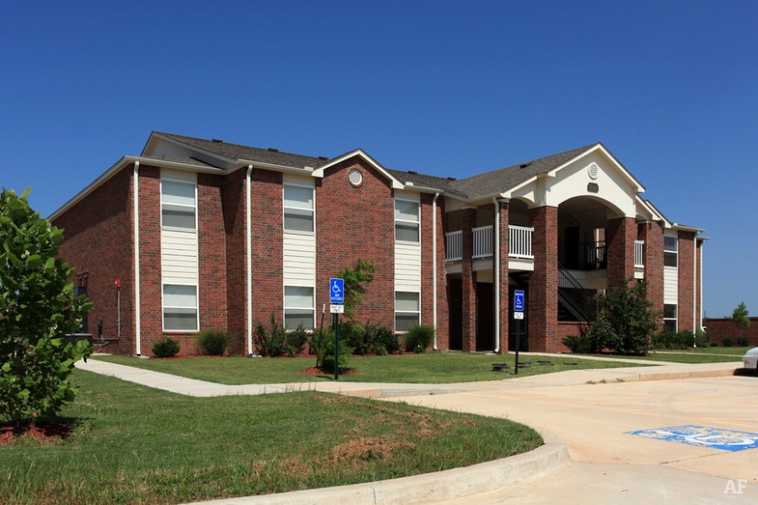Links at Norman   Norman  OK   Apartment Finder