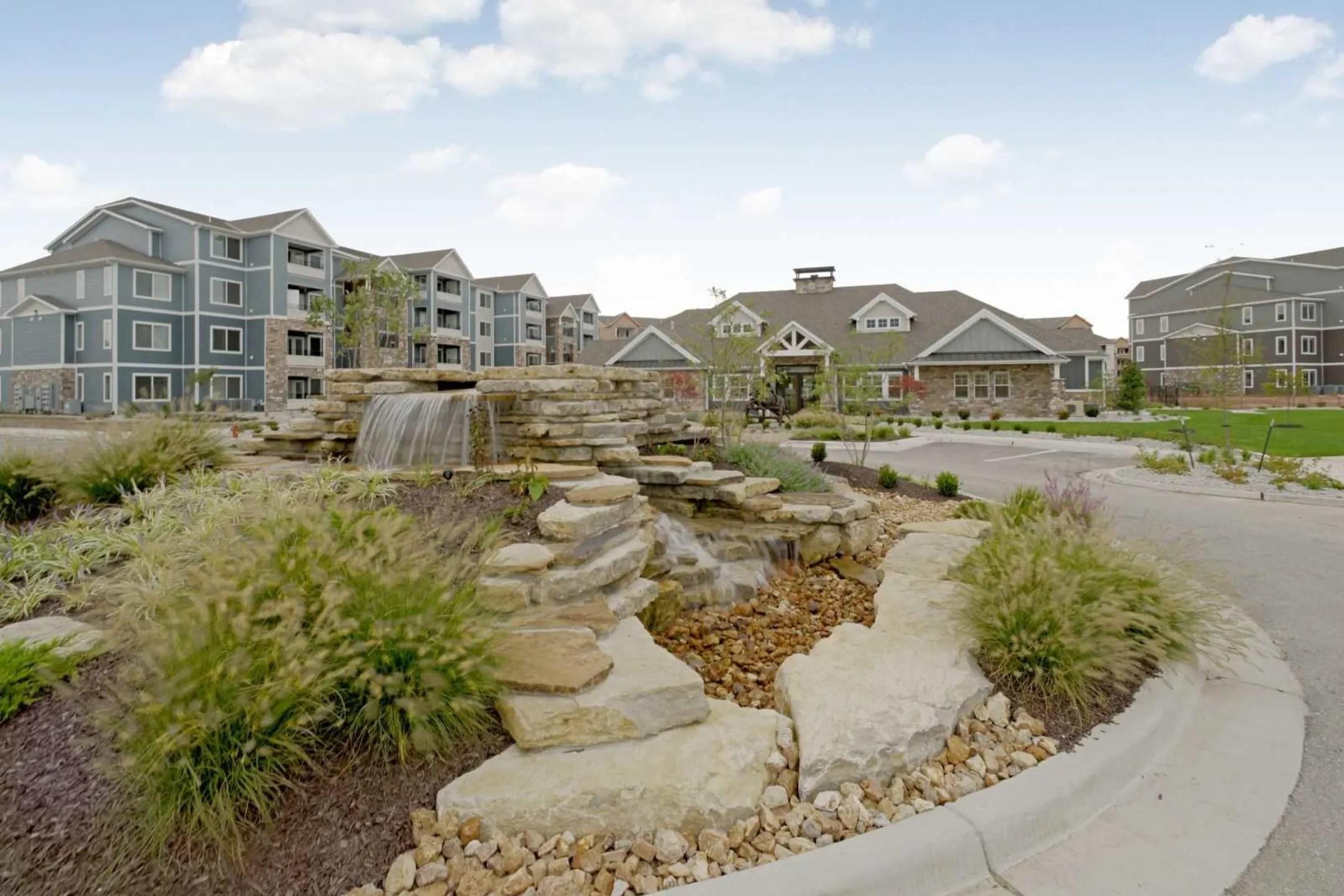 Steeplechase Apartments Kansas City MO 64155