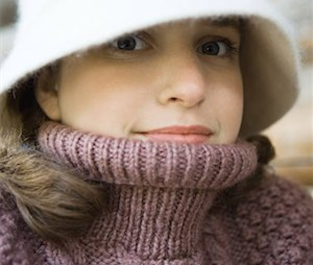 Teenage Girl Wearing Hat And Turtleneck Close Up Portrait Stock Photo Premium