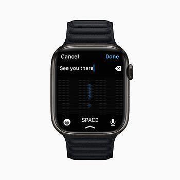 「聽寫」功能顯示於 Apple Watch Series 7 上的「訊息」app。