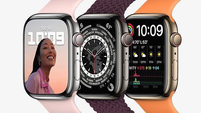 Apple Watch Series 7 的各種外觀展示。