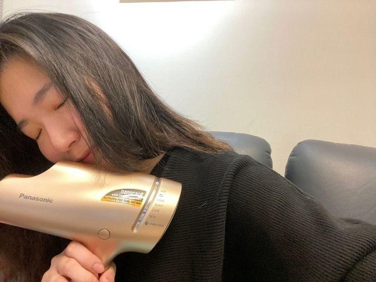 用Panasonic 奈米水離子吹風機 EH-NA9B吹出來的頭髮