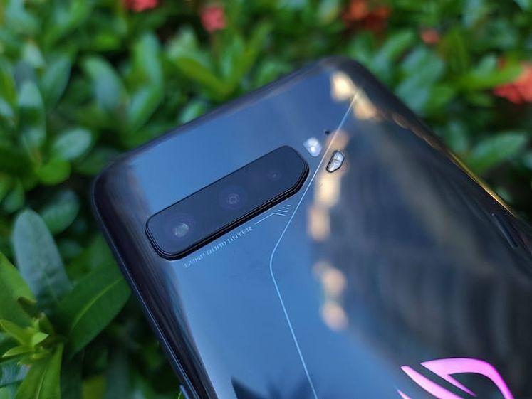 ROG Phone 3 多一顆超廣角鏡頭