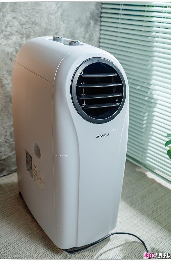 若是吹暖氣製熱過程,則需將「上方」排水孔止水塞拔出改裝排水管,增加製熱效果