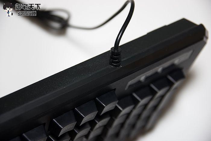單手鍵盤一樣有做防拉處理