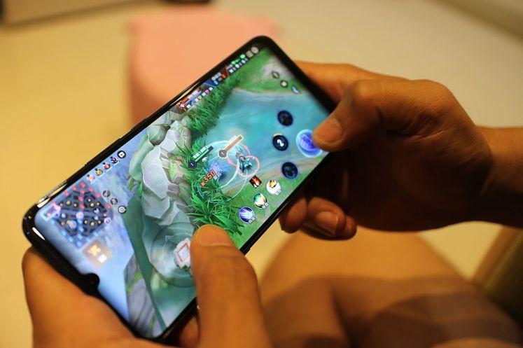水滴螢幕設計,高達89.98%的螢幕占比
