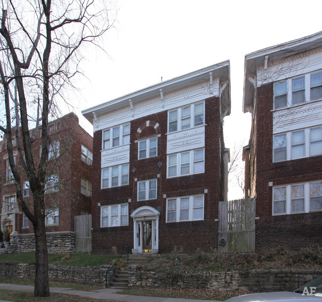 1311 1313 Valentine Rd Kansas City MO Apartment Finder
