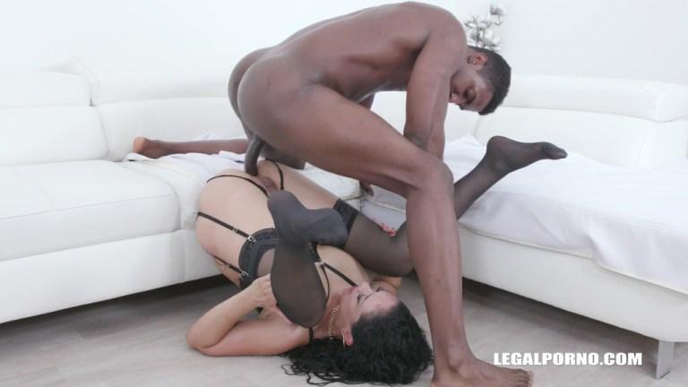 Kinky bitch Morgan XX takes 7 DAP positions IV507