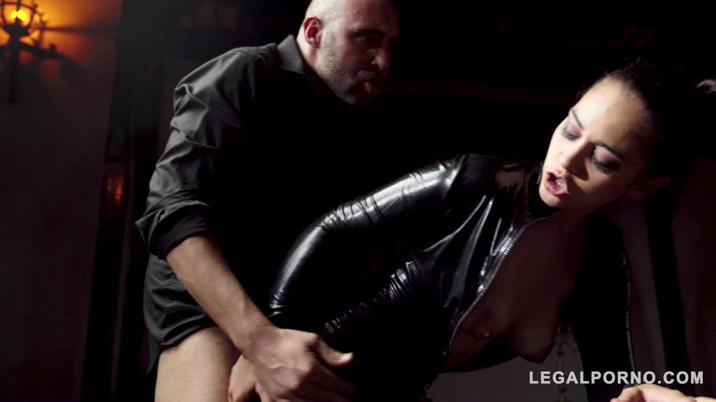 Mystic fetish ass fucking with latex lolita Ginebra Bellucci in a castle GP327