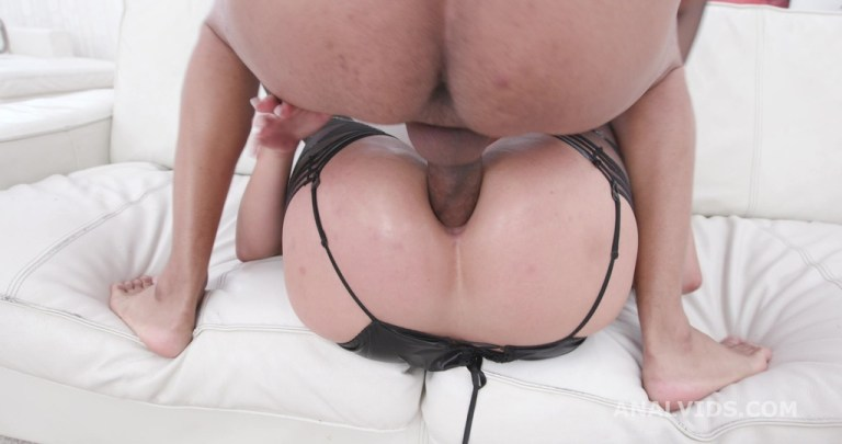 Piss and Gape, Jolee Love 5on1 Balls Deep Anal, DAP, Pee Drink, Gapes and Facial GIO1480
