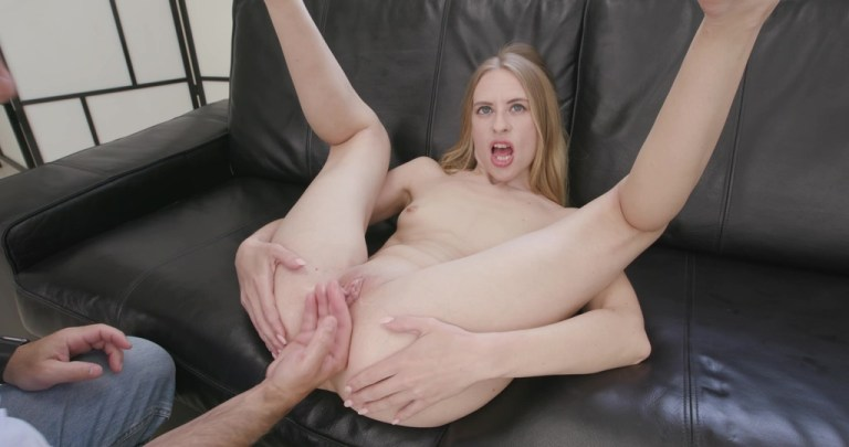Nikki Riddle Tests the Evil Dolphin Handmade Dildo Size L with additional Anal Fisting TWT011