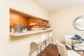 meadow walk apartments miami lakes fl apartment finder - One Bedroom Apartments In Miami